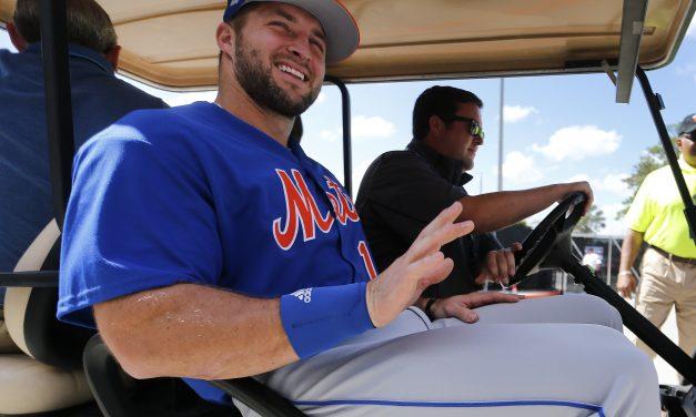 Tebow hits 9 homers in Mets' batting practice