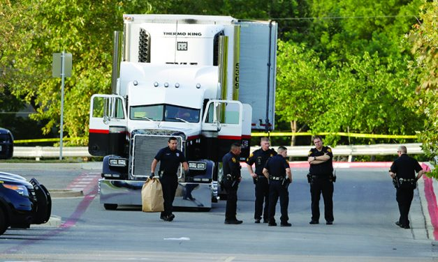 9 die in immigrant-smuggling attempt in sweltering truck