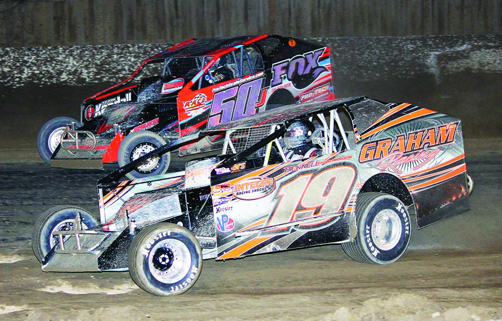 Champions to be crowned Saturday at Fonda Speedway