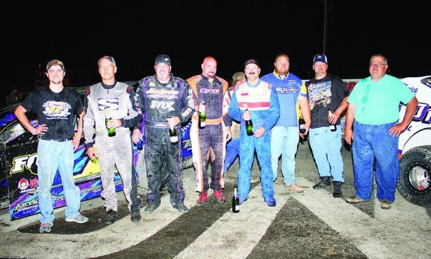 Champions crowned at Fonda Speedway