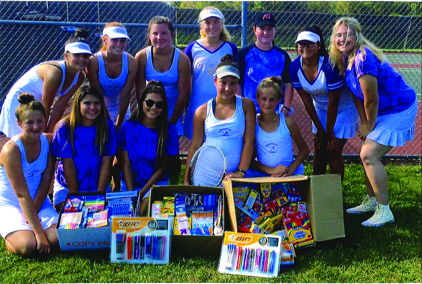 AHS tennis team donates supplies to Texas