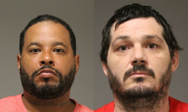 APD: Amsterdam duo nabbed for selling drugs